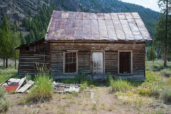 Bonanza & Custer Ghost Towns by Harrison Clark