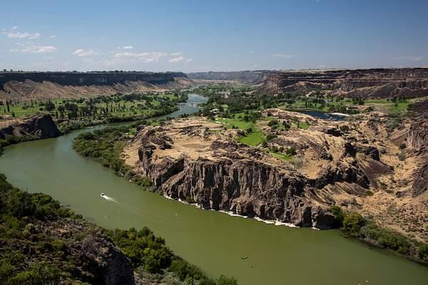 Snake River So of Peririne Bridge 222