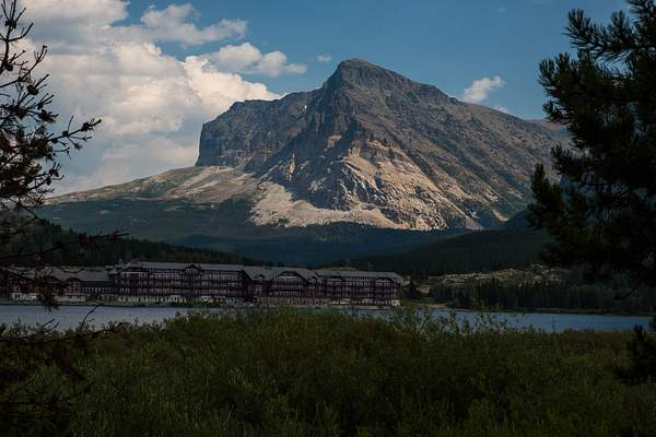Many Glacier Lodge & Mt.jpg