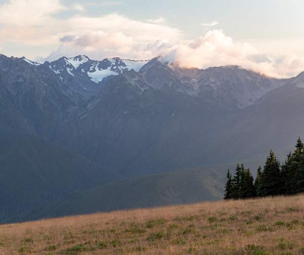 Olympic Mountains from the North 3.jpg