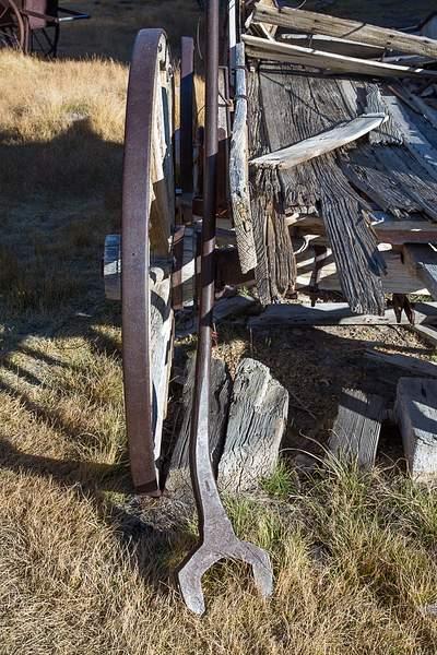 50 lb wrench.jpg 222