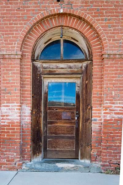 Doors-2.jpg 222