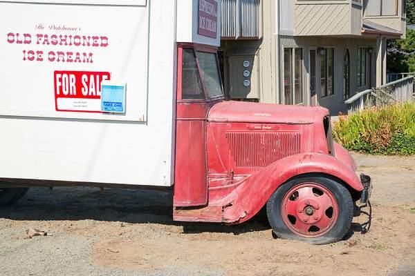 1934 Dodge at xxxx_ 222
