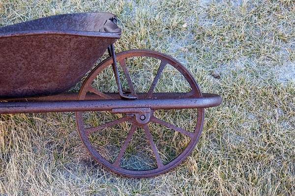 Wheel Barrow 222