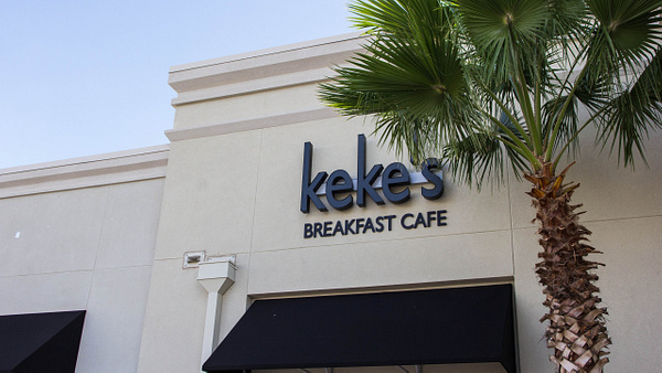 Restaurant | Keke's Breakfast Cafe - Clermont by Snap & Play