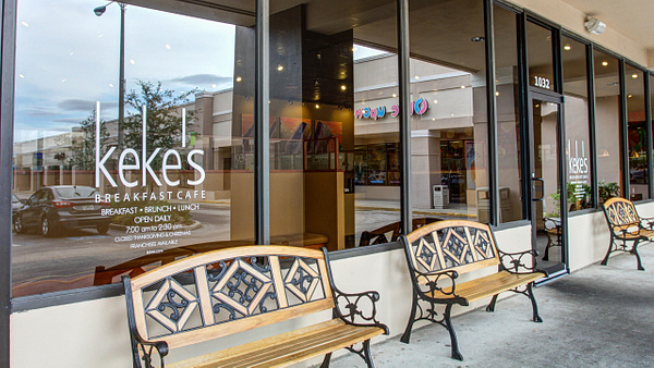 Restaurant | Keke's Breakfast Cafe - Longwood by Snap & Play