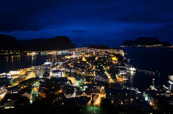 Ålesund Night