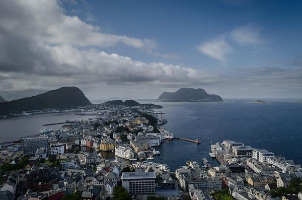 Ålesund to Bergen - Norway - Sep '15 by Jack Carroll