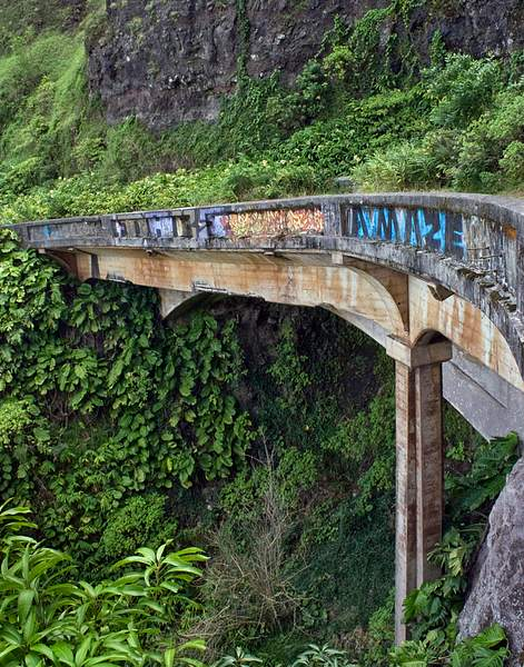 _Graffiti on a Bridge Along the Old Pali Highway, Oahu, Hawaii 222