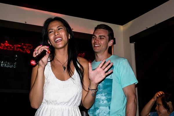 Karaoke_043 by LoreliAlviz