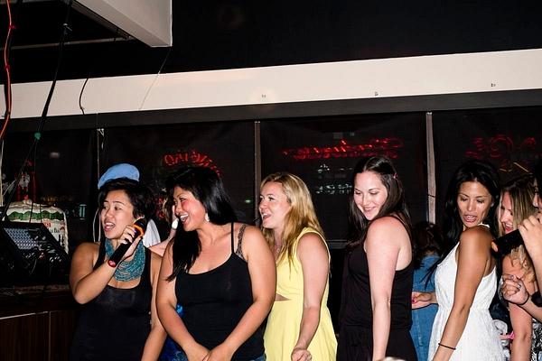 Karaoke_047 by LoreliAlviz