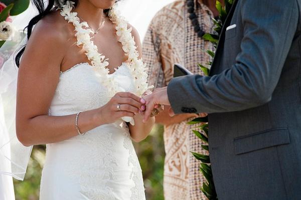 Ceremony_540 by LoreliAlviz