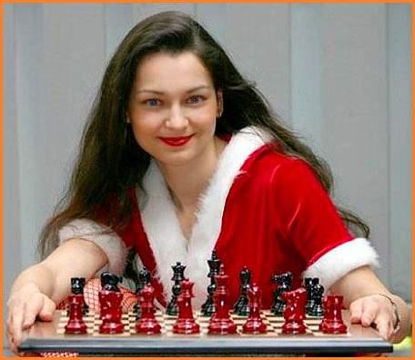 alexandra_kosteniuk_grandmaster_model