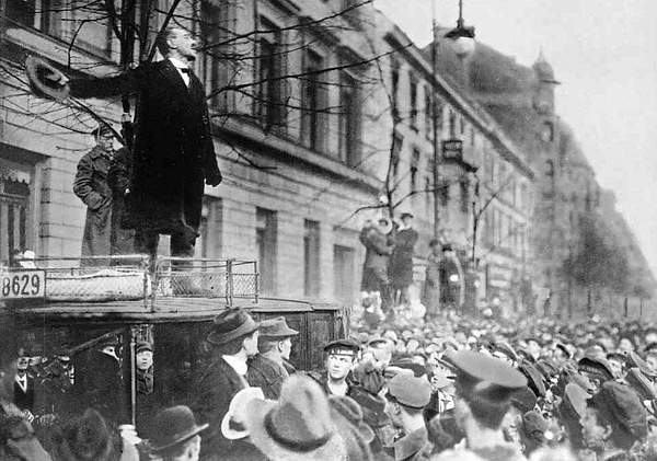 1919_liebknechtsparticists 222