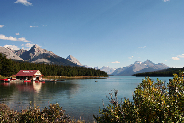 RM 117 Maligne Lake by StefsPictures
