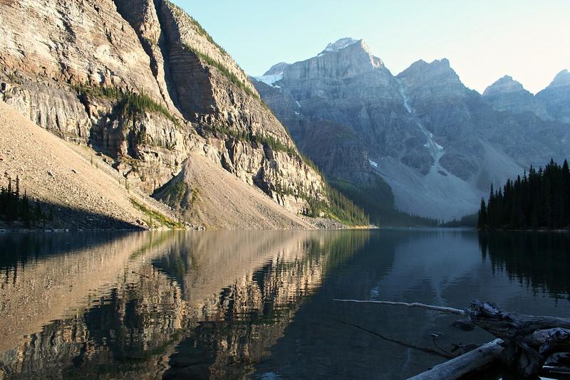 Rocky Mountains - Lake Moraine