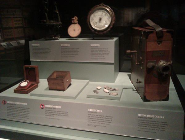 Vancouver 523 Vancouver Island - Victoria - Royal BC Museum - Amundsens Uhr by StefsPictures