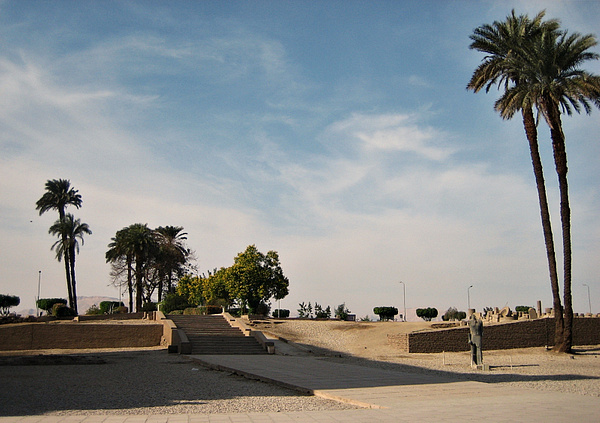 064 Luxor Temple by StefsPictures
