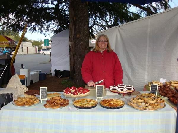 Salt Spring Market Rendezvous, french patisserie... Brigitte !