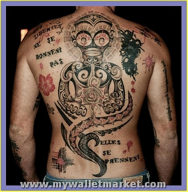 back-body-alien-tattoo-for-men