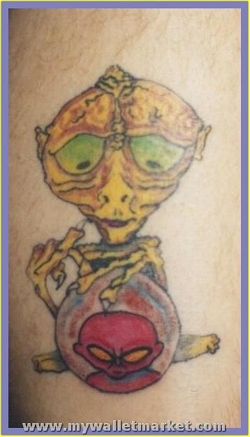 best-aliens-tattoos-14