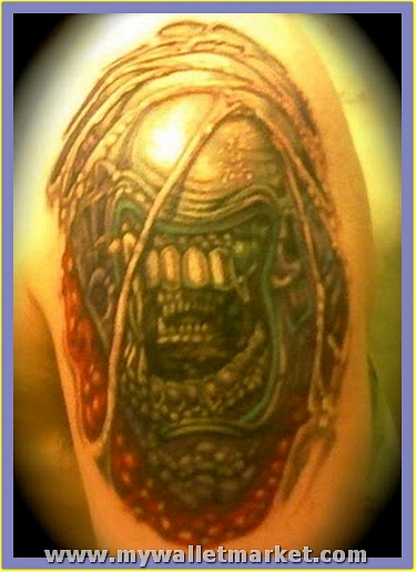 scary-alien-tattoo-on-shoulder by catherinebrightman