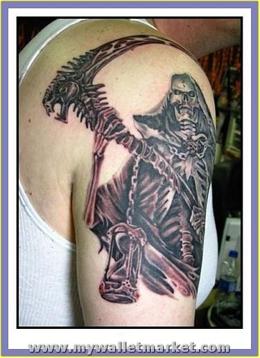 wonderful-alien-tattoo-on-bicep by catherinebrightman