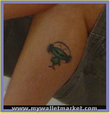 t1tattoo-alien18 by catherinebrightman