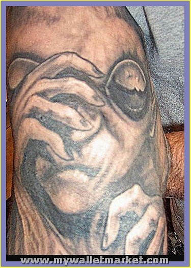 t1tattoo-alien37 by catherinebrightman