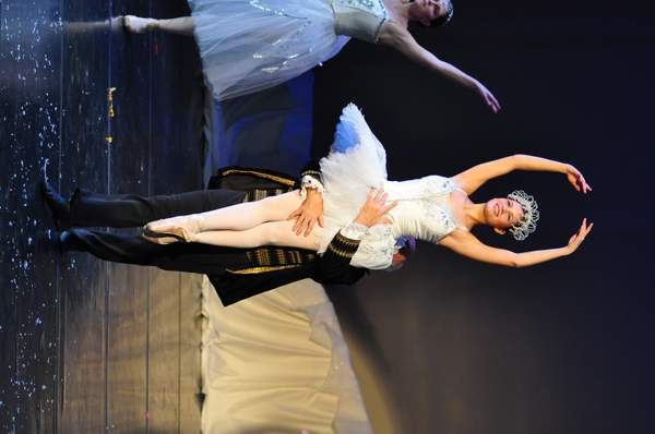 Nutcracker_10_Act_1_(1)