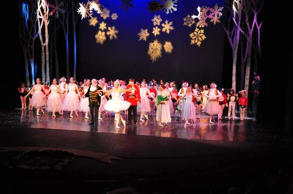 Nutcracker_10_Act_1_(43)