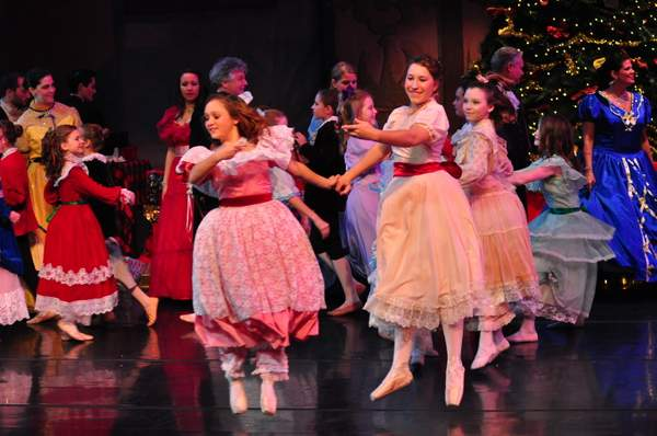 Nutcracker_10_Act_1_(101)