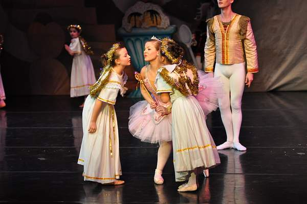Nutcracker_2010_Act_2_(216)