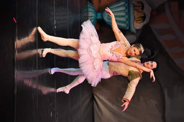 Nutcracker_2010_Act_2_(220)