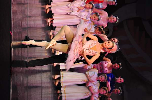 Nutcracker_2010_Act_2_(232)