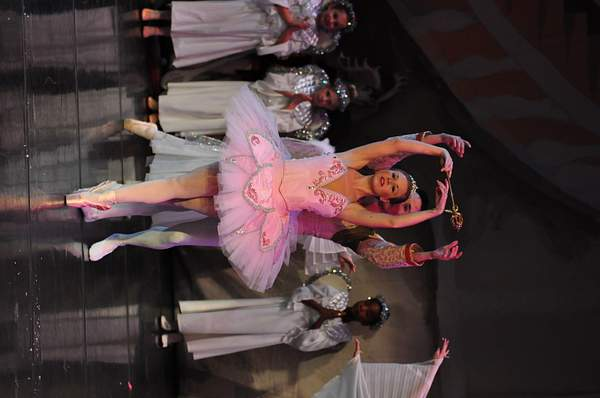 Nutcracker_2010_Act_2_(206)