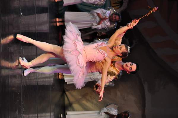 Nutcracker_2010_Act_2_(210)