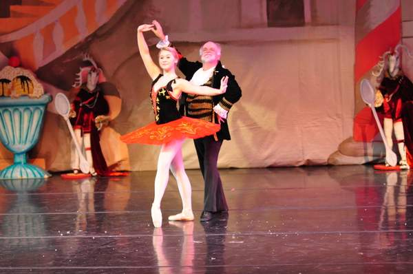 Nutcracker_2010_Act_2_(254)