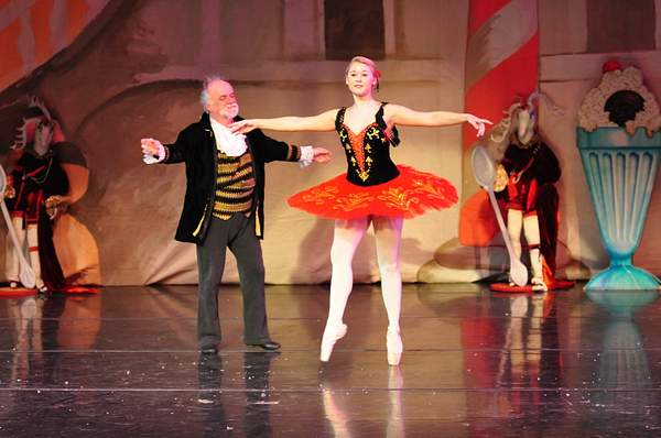 Nutcracker_2010_Act_2_(256)