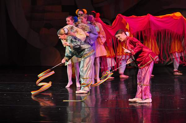Nutcracker_2010_Act_2_(275)